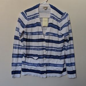 0d1472efd6a Lucky Brand blue and white cardigan Size S